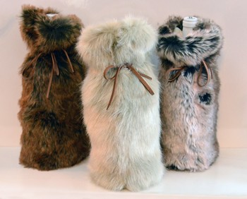 FAUX FUR BOTTLE BAG